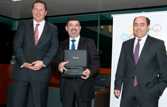 Grupo CH wins in HRP 2013 Awards